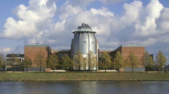 Bonnefanten Museum Building