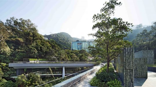 Joseph Lau and Josephine Lau Roof Garden(right), Yasumoto Bridge and Fruit Bats Bridge (left), 2012