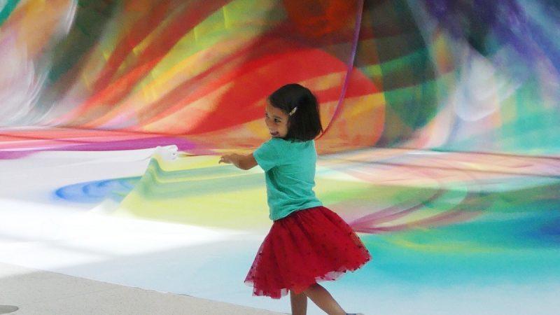 Dancing through Katharina Grosse at National Gallery Prague